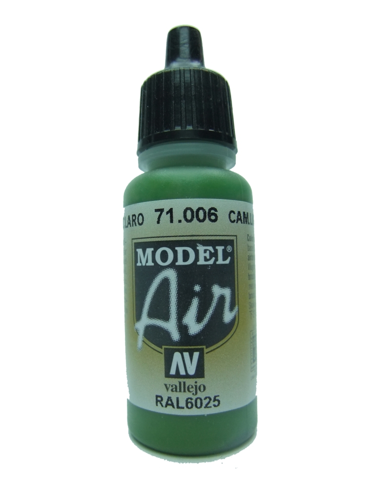 Model Air - Camouflage Light Green