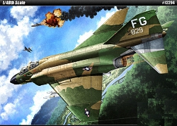 Academy 1:48 - F-4C Phantom 'Vietnam War'