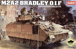 Academy 1:35 - M3A2 Bradley Iraq 2003