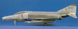 Hasegawa 1:48 - (07209) F-4G Phantom II 'Wild Weasel' / one piec