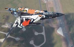 Revell 1:72 - Model Set Tornado Black Panther