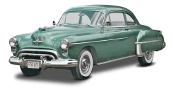 Revell Monogram 1:25 - 1950 Oldsmobile Club Coupe 2 n 1