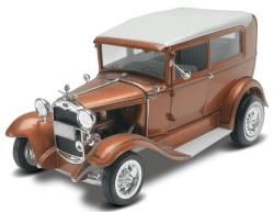 Revell Monogram 1:25 - 1931 Ford Model A Rat Rod 2 n 1