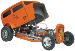 Revell Monogram 1:25 - Orange Crate 32 Ford Sedan